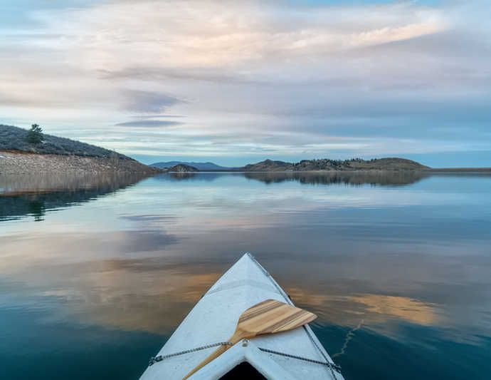 kayak on Horsetooth Reservoir, Fort Collins | Coloradans at High Risk for Wrinkles! | 8 Ways to Prevent Wrinkles in CO | Masterpiece Skin Restoration