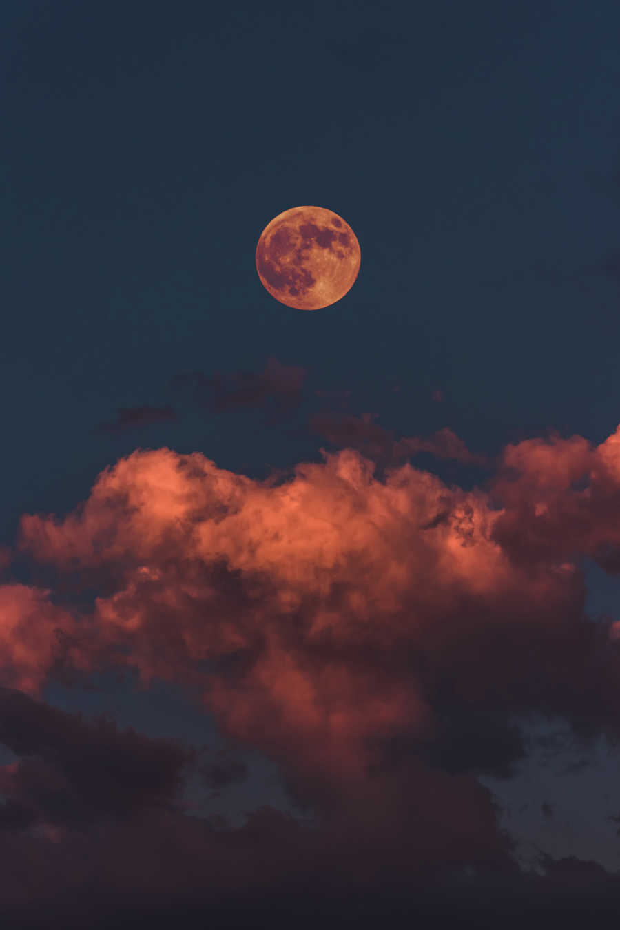 beautiful sunset with moon and clouds in shades of blue and pink | How to Layer Skincare Products | Shop Products for Wrinkles | Masterpiece Skin Restoration
