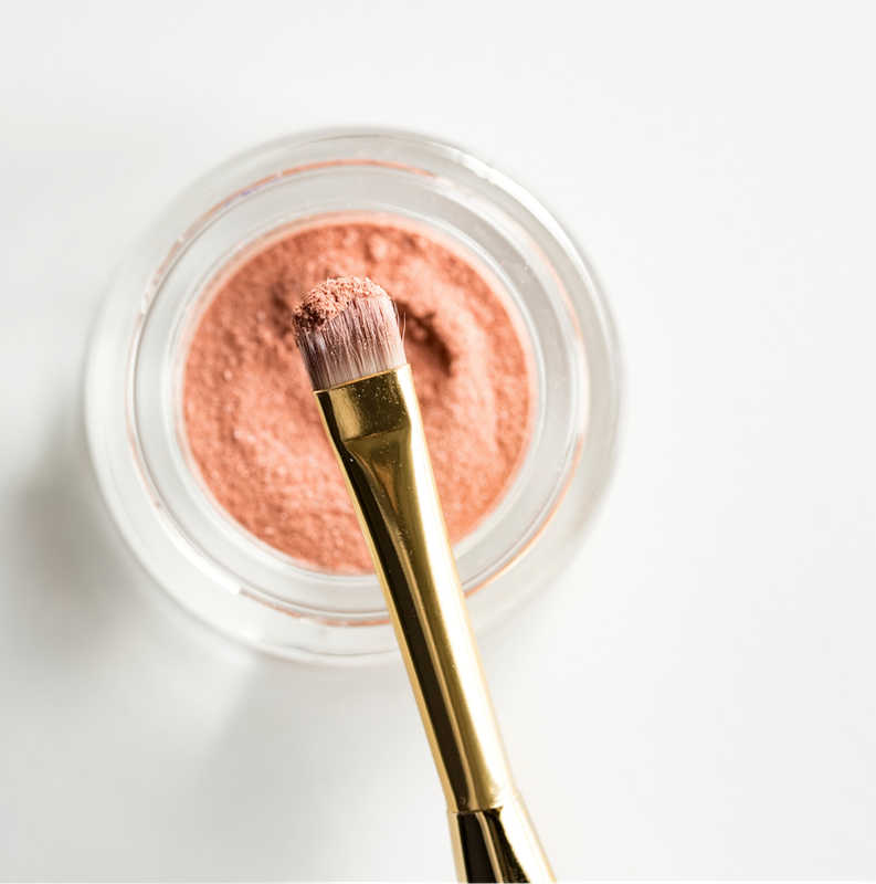 peach blush and brush